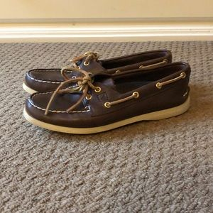 Brown Leather Sperry Top Sider
